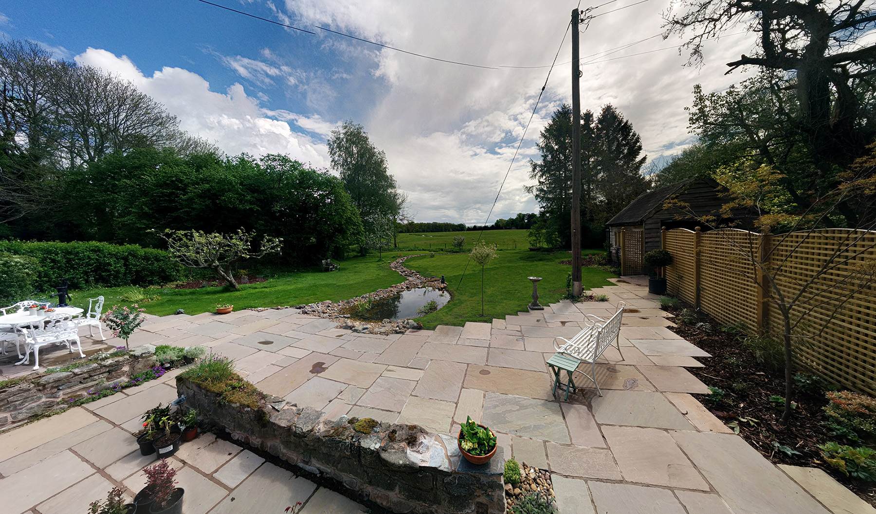 HerefordshireLandscapeGardenPatio
